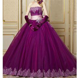 Robe de bal violette bustier Quinceanera robes en dentelle avec sequins appliques Pageant robe avec nœud papillon 15 robes avec gants gratuits ? partir de fabricateur