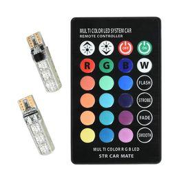 Luces interiores 12v online-T10 W5W Led luces coloridas de separación de automóviles 5050 6 SMD RGB 194168 Bombilla Fuente de iluminación interior remota Car Styling 12V
