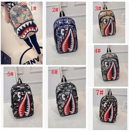 mochila de cocodrilo Rebajas Graffiti Anime Shark Printing Mochila para Adolescente Chica Mujeres Hombres Bolsas de escuela Cool Laptop Bag Mochila de viaje KKA4305
