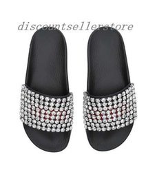 Wholesale Embellished Sandals - 2018 mens and womens fashion crystal-embellished leather and rubber slides sandals outdoor beach rubber flop flops size euro35-45