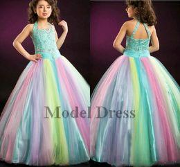 Cor gradient vestido de baile on-line-Gradient Girl's Pageant Vestidos De Baile Arco De Tule Arco Íris Comprimento Pavimento Cristais Lantejoulas Beading Crianças Vestidos de Baile 2018 Custom Made