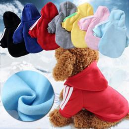 Grandes sudaderas para perros online-Otoño invierno perro rayas sudadera con capucha ropa de algodón ropa de cachorro de algodón abrigos chaquetas con sombrero mascota sudaderas XS-2XL AAA948