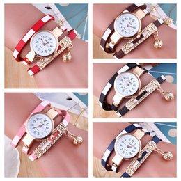 facf7898bee Senhora Pulseira de Diamante Círculo Relógio Estudante Moda relógio de  pulso elegante relógio de quartzo senhora Dia Dos Namorados Presente  Crianças Jóias ...