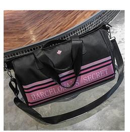 3e4669e1d18f 2018 High Quality Folding Travel Bag Nylon Travel Bags Hand Luggage for Men  and Women New Fashion Duffle Bag Unisex Gym Bags