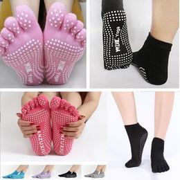 Wholesale yoga slip - Women Yoga Toes Socks Gym Dance Exercise 5-Fingers Socks Non-slip Deodorant Breathable Cotton Foot Massage Knitted Socks DDA343
