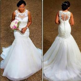 Elegante encaje africano de la boda online-Elegantes vestidos de novia de sirena vintage 2018 Sheer Neck apliques de encaje de tul más tamaño vestidos de novia africanos Ilusión Volver