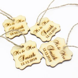 Wholesale personalized party decorations - 50pcs 40x40mm Personalized Engraved Wooden Gifts Tags Custom Love Square Tags Wedding Party Gifts Birthday Decoration Favors