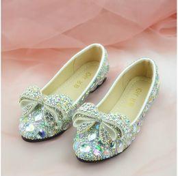 Инкрустация обуви онлайн-Новый белый AB Алмаз лук инкрустированные алмазный Кристалл обувь ручной работы круглая голова плоские туфли