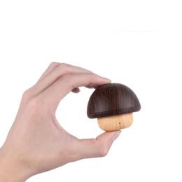 Cogumelos de madeira on-line-De madeira bluetooth 4.2 alto-falante mini cogumelo tws bluetooth speaker conexão sem fio presente cartão tf suporte hd microfone presente de natal