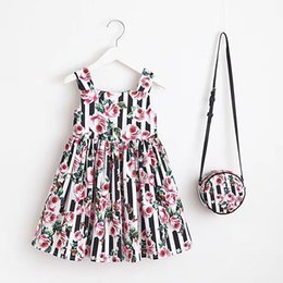 Wholesale pink plaid lolita dress - Beach dress Brand 2018 Baby Girls Dress Style Floral Print Flower Party Dresses For Girls Clothing With Small bag 4 color