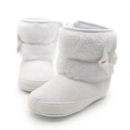 Вязание крючком снег сапоги младенцы онлайн-Winter Warm First Walkers Baby Ankle Snow Boots Infant Crochet Knit Fleece Baby Shoes For Boys Girls