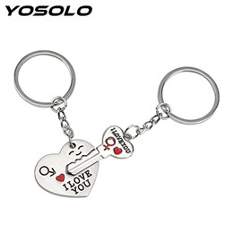 Discount wholesale heart keyrings - 2pcs Car Keyring Key Chain Fashion Jewelry For Lovers Couples Heart Lovely Key Ring I LOVE YOU Romantic Keychain Holder Metal
