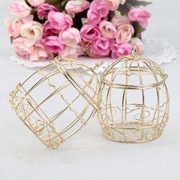 faveurs d'oiseaux Promotion Vente chaude Gold Wedding Favour Box Européenne romantique en fer forgé cage à oiseaux de mariage candy box boîte de conserve pour des faveurs de mariage