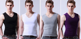 2021 mens v neck tank top 2018 neue Art und Weise Mens Elasticity Silk Seamless Weste Unterhemd Mens Breathable Tank Tops V-Ausschnitt rabatt mens v neck tank top