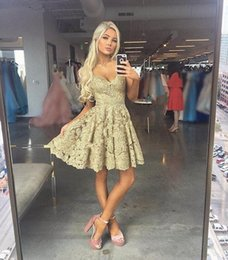 Wholesale pink cocktail dresses for juniors - 2018 Short Mini A Line Gold Homecoming Dresses V Neck Full Lace Applique Beaded Spaghetti Straps Cheap For Junior Cocktail Party Prom Gowns