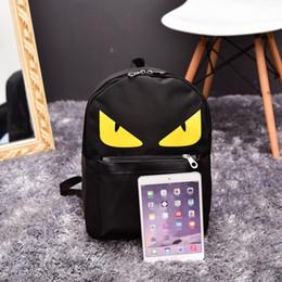2019 moldura interna da mochila de viagem Mulheres Nylon Impressão Meninas Negras Mochila Pequeno Monstro Dos Desenhos Animados Ocasional Escola Estudante iPad Móvel Bolsas de Mão de Certificado 17xc ff