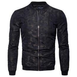 2019 soporte de código Ou código 2018 otoño nueva chaqueta del cuello del soporte de los hombres de moda chaqueta de impresión oscura de los hombres uniforme de béisbol soporte de código baratos