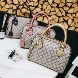Wholesale small packaging - Luxury HOT brands handbag shoulder bag diagonal package new 5A high quality ladies fashion casual bags