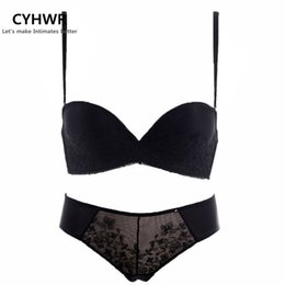 1cf5c84dd2 2016 women s sexy underwear wedding lace embraidery bra set seamless  brassiere with lingerie set