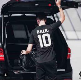 Fußballbälle online-BALR 10 Brief Drucken T-shirt Männer Frauen Sommer Kurzarm Aktive Sport Tees Casual Fußball Tragen Liebhaber T-shirt Tops