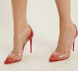 Saltos claros on-line-Moda Plexiglas PVC Transparente Com Cristal Sapatos De Salto Alto Mulheres Sapatos Bombas Dedo Apontado Vermelho Sapatos De Casamento De Patente De Couro Do Partido