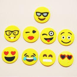 Brinquedos baratos da menina on-line-Alta qualitEmoji Sorriso Rosto Anel de Dedo Emoji Sorriso Rosto Dedo Anel Meninos Meninas Bonito Mini Moda Anéis Crianças Barato Presente Crianças Brinquedos Dedo