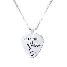 lettre guitare Promotion 2018 nouvelle arrivée Guitar Picks pendentif collier 1.5mm épaisseur en acier inoxydable bijoux jouer pour mon papa lettre charme collier