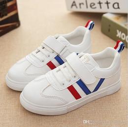 Nouveau style Superstar Shell Head Sneakers Chaussures de sport pour enfants Chaussures de course pour enfants, baskets et filles Chaussures de sport pour enfants ? partir de fabricateur