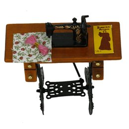 Wholesale Plastic Dollhouse Dolls - ABWE 1 12 Doll Mini Vintage Miniature Sewing Machine With Cloth Furniture Toys for Dollhouse Accessories Decoration