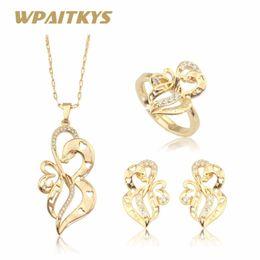a9df16c89b18 WPAITKYS Blanco CZ Piedras Flor Color Oro Conjuntos de Joyas Para Las  Mujeres Stud Pendientes Collar Colgante Anillos Abiertos Caja de Regalo  Gratis