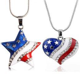bandiere bianche rosse Sconti Collana rossa del pendente del Rhinestone di cristallo del cuore della bandiera americana rossa bianca degli Stati Uniti per le donne Regalo d'avanguardia di Gilrs