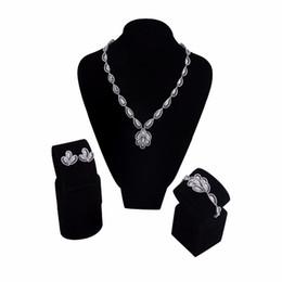 Ensembles de bijoux de mariage à la mode de couleur rhodium avec un collier / bracelet / boucles d'oreilles en zircon cubique livraison gratuite ? partir de fabricateur