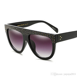 Wholesale Rivets Aluminum - Oversized sunglasses women handmade rivet bright Rhinestone sunglasses Big Frame Shades Gradient Sun Glasses Oculos De Sol 97361