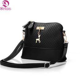 dbed3edcf6b6 Driga 2017 Women Messenger Bags Fashion Mini Bag With Deer Toy Shell Shape Bag  Women Shoulder Bags handbag high quality cute