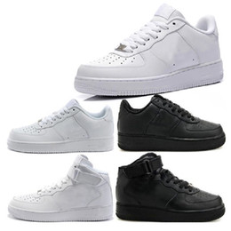 Wholesale Famous Fabrics - New Classical Men Womens Forcing 1 One Running Shoes Air Famous Trainers Sports Skateboarding Shoes White Black Eur 36-46 Free shipping
