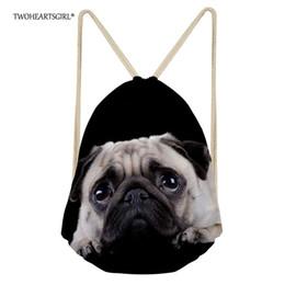 2019 borse di pugni TWOHEARTSGIRL Zaino nero Cute Puppy Pug Dog Drawstring Bag per adolescenti Ragazzi Ragazze Donne Zaino con coulisse Grande capacità borse di pugni economici