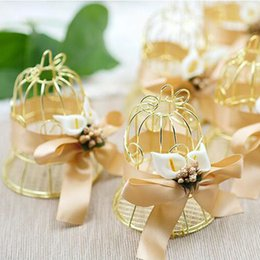 Wholesale Bird Wedding Candy - 100pcs Unique Simple Golden Metal Bird Cage Birdcage Box Candy Boxes Wedding Events Christmas Valentine 's Gift Favor ZA4933