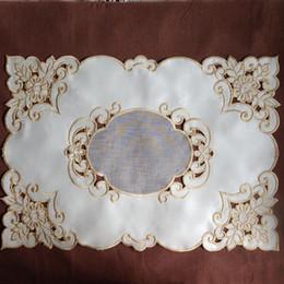 Canada Gros-2pcs / Set napperons brodés coupe lieu de travail tapis brodé chemin de table 30 * 50 cm cheap embroidered doilies Offre