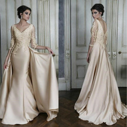 af354308ebb 2018 Elegante scollo a V Prom dress Mezze maniche Backless  pavimento-lunghezza Plus Size Lungo Women Wear Special Occasion Dress Party  Gown Custom Made