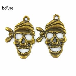 Wholesale Antique Bronze Skull Charm - BoYuTe (50 Pieces Lot) 28*20MM Antique Bronze Plated Metal Pendant Skull Head Charms for Jewelry Making Accessories Diy Jewelry Findings