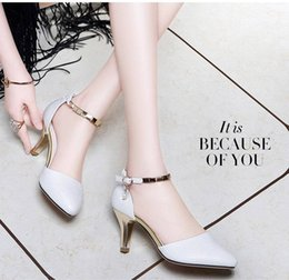 0280e9b19258 2018 new summer womens fashions sandals ladies high heels casual shoes  factory wholesale brand design best selliing SS002
