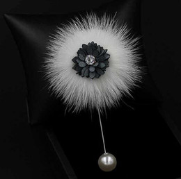 Wholesale Pearls Crystal Shell - New Fashion Flower Pearl Brooches Shell Crystal Boutonniere Hat Sweater Pearl Lapel Pin Brooches Women Wedding Accessories