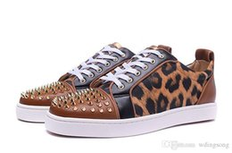 Wholesale Mens Leopard Shoes - Luxury Brand Red Bottom Sneakers Gold Suede with Spikes Casual Mens Womens Shoes Brown Skin of Low Leopard Skin Trainers Footwear Flat Shoes
