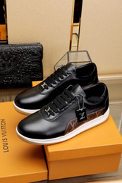 bb37f330d44b Selling Genuine Leather 2022 guan Men Dress Shoes BOOTS LOAFERS DRIVERS  BUCKLES SNEAKERS SANDALS