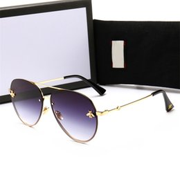 Argentina Designer 2201 Pilot Aviator Sunglasses with bee Black Grey 62mm Fashion Brand Sunglasses Eyewear New with box 10 pairs Suministro