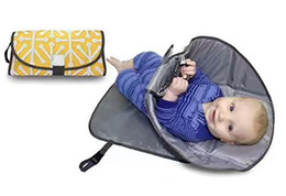 Wholesale Diapers Pad - Portable Clean Hands Changing Pad. 3 in 1 Diaper Clutch, Changing Station, and Diaper-Time Playmat With Redirection Barrier