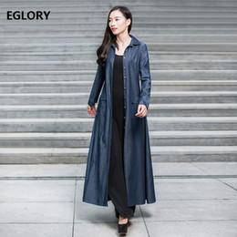f2bdae0fd4de1 Chaqueta de mezclilla de las mujeres de alta calidad primavera otoño 2018  de un solo pecho abrigo de manga larga Jeans femeninos ropa de abrigo abrigo  ...