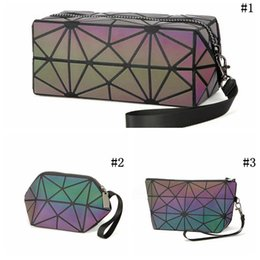 Wholesale Pvc Cosmetic Bag Small - Geometric Noctilucent Small Travel Cosmetic Bag Women Luminous Make Up Bag Toiletry Kit Travel Organizer Beauty Case 3 Styles LJJO4533