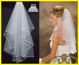Wholesale new veils - 2018 New Fashion White Ivory Short Two Layers Ribbon Edge With Comb Bridal Veils Wedding Accessories Fashion