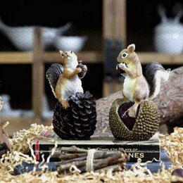 Wholesale Plastic Figurines Animals - American Countryside Atifical Resin Squirrel With Nuts Animal Figurine Home Decor Garden Decoration Crafts Home Accessories